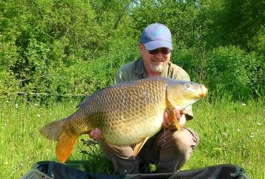 Carp Safety & Photographing Fish | UK Carp & Coarse Fishing